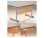 Lehrertisch mit L-Fuß, Blende & PU-Kante