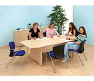 Großer Konferenztisch
