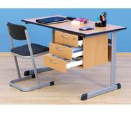 Lehrertisch: C-Fuß, Blende, abschließbares 3er-Fach