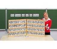 Magnetischer Buchstabensatz im Holzkoffer