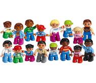"""LEGO® DUPLO® Set: """"Menschen aus aller Welt"""""""